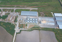 Завод для засыхания и хранения зерна Взгляд сверху Стоковое фото RF