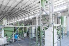 Завод для рециркулировать бутылки Стоковое Изображение RF