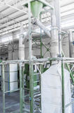 Завод для рециркулировать бутылки Стоковые Изображения