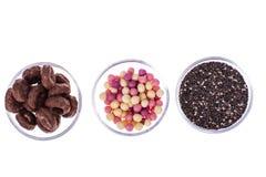 Завтраки хлопьев кудрявые и еда chia сем-здоровая стоковое изображение