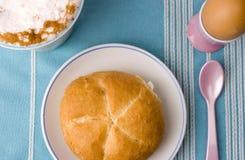 завтрак готовый стоковое изображение rf