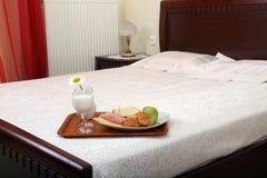 завтрак кровати Стоковая Фотография
