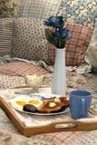 завтрак кровати Стоковые Фото