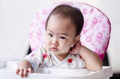 Завтрак милого ребёнка ждать Стоковая Фотография