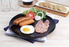 Завтрак на таблице Стоковые Фотографии RF
