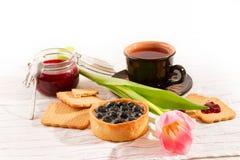 Завтрак с тортом черники Стоковое фото RF