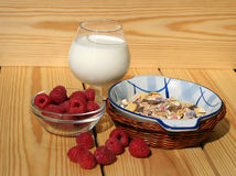 Завтрак с ягодами Стоковые Изображения RF