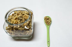 Завтрак Healty с кишечником и ложкой с хлопьями Стоковое Изображение RF
