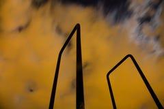 Загадочные облака двигая на nigth Стоковые Изображения