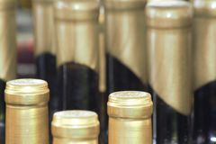 Загерметизированные бутылки вина Стоковые Изображения