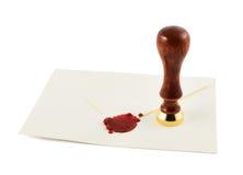 Загерметизированный конверт с прессой штемпеля стоковые фото