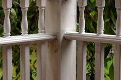 загоняйте рельсы в угол крылечку Стоковая Фотография