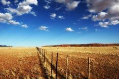 загородка Намибия сельскохозяйствення угодье стоковые изображения