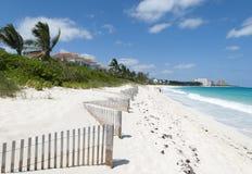 Загородка пляжа острова рая Стоковые Изображения RF