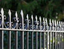 Загородка Оксфорд черного металла спиковая чугунная Стоковая Фотография RF