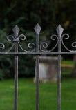 Загородка Оксфорд черного металла спиковая чугунная Стоковая Фотография