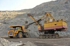 Загрузка железной руды Стоковые Фото