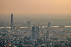 Загрязнение воздуха от серий пыли или PM2 частица 5 превышает стандарт на Бангкоке, Таиланде стоковое фото rf