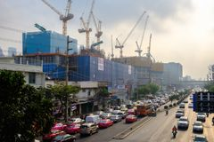 Загрязнение воздуха от серий пыли или PM2 частица 5 превышает стандарт на городе Бангкока, Таиланде стоковое изображение rf
