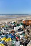 Загрязнение пляжа Стоковые Изображения