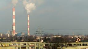загрязнение фабрики предпосылки воздуха голубое Стоковые Фотографии RF