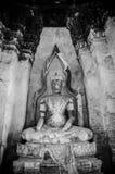 Загубленная скульптура Будды Wat Chai Watthanaram, Ayutthaya, тайского стоковая фотография rf