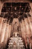 Загубленная скульптура Будды Wat Chai Watthanaram, Ayutthaya, тайского стоковые фотографии rf