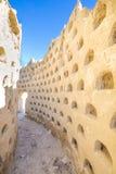 Загубленные стены здания самана dovecote в Ampudia стоковые изображения
