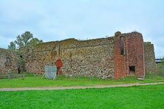 Загубленные башни в крепости Oreshek около Shlisselburg, России Стоковые Фото