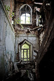 Загубленный интерьер покинутого особняка Khvostov в готическом стиле, reg Lipetsk Стоковое Изображение