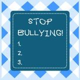 Задирать стопа показа знака текста Схематический стоп фото агрессивное поведение среди детей достигших возраста школой бросилось иллюстрация штока