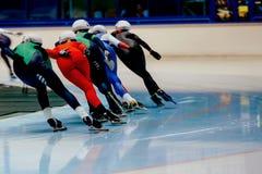 задние конькобежцы женщин состязаются Стоковая Фотография RF