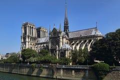 задний dame Франция собора банка вышел взгляд со стороны paris notre стоковое фото