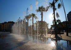 задняя вода брызга света фонтана Стоковые Фотографии RF