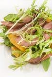 Заедк конца-вверх от мяса, ананаса и зеленых листьев Стоковое Изображение