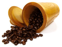зажаренная в духовке свежая кофе фасолей стоковые фото