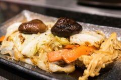 Зажаренная еда овощей в японском ресторане стоковые фотографии rf