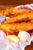 Зажаренная корзина рыб Стоковое Фото