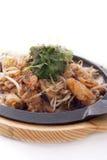 Зажаренная мидия с ростком фасоли, тайской традиционной едой Стоковая Фотография RF