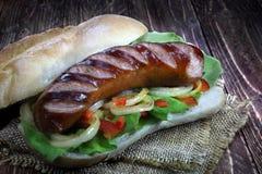 Зажаренная сосиска с креном хлеба Стоковое Изображение