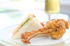 зажаренная цыпленком туна сандвича Стоковое фото RF