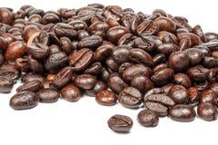 Зажаренное в духовке кофейное зерно Стоковое фото RF