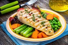 Зажаренное филе индюка с овощами Стоковая Фотография