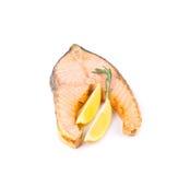 Зажаренное salmon филе с лимоном Стоковая Фотография