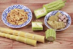 Зажаренные бамбуковые всходы с яичком, китайской горькой тыквой с bal мяса Стоковое Фото