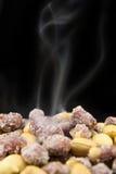 Зажаренные в духовке арахисы Стоковая Фотография