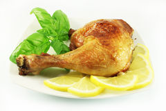 зажаренные в духовке ноги цыпленка Стоковое Изображение