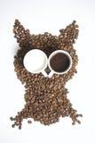Зажаренные в духовке зерна черного кофе Стоковое фото RF