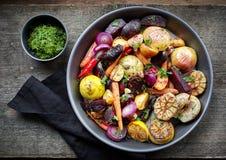 Зажаренные в духовке фрукты и овощи стоковые фото