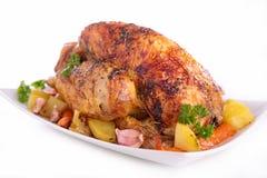 Зажаренные в духовке цыпленк цыпленок и овощи стоковое изображение